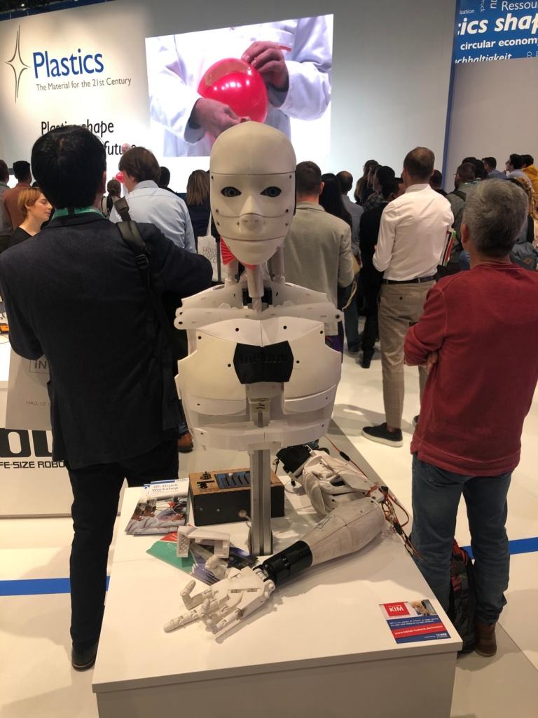 K-show 2019 robot